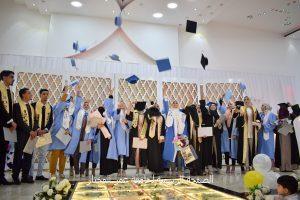 تخريج الدفعة الأولى بكلية التمريض جامعة عمر المختار
