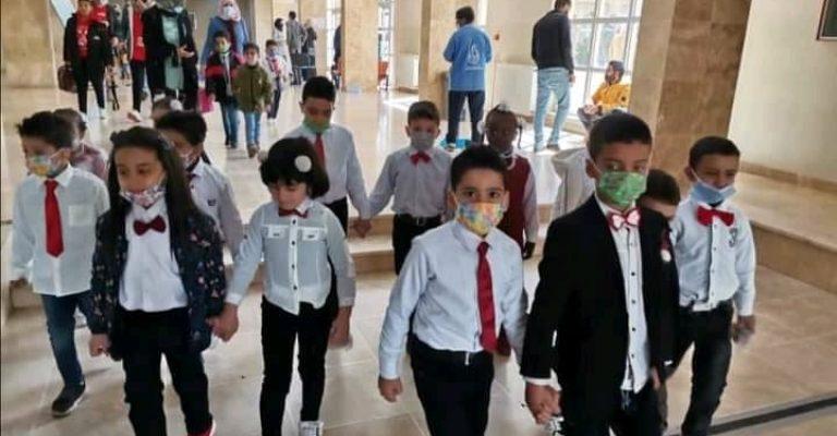 زيارة مدرسة لسان العرب لكلية الطب البيطري