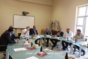 مدير ادارة شؤون الجامعات بوزارة التعليم العالي والبحث العلمي يقوم بزيارة تفقدية لجامعة عمر المختار
