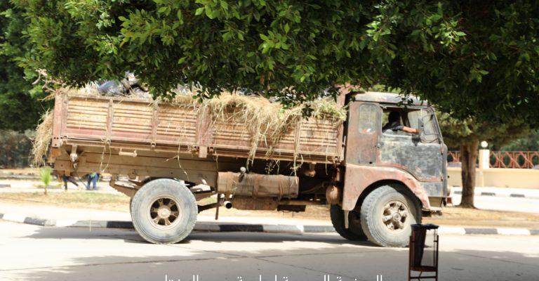 حملة نظافة بالمجمع الغربي بجامعة عمر المختار
