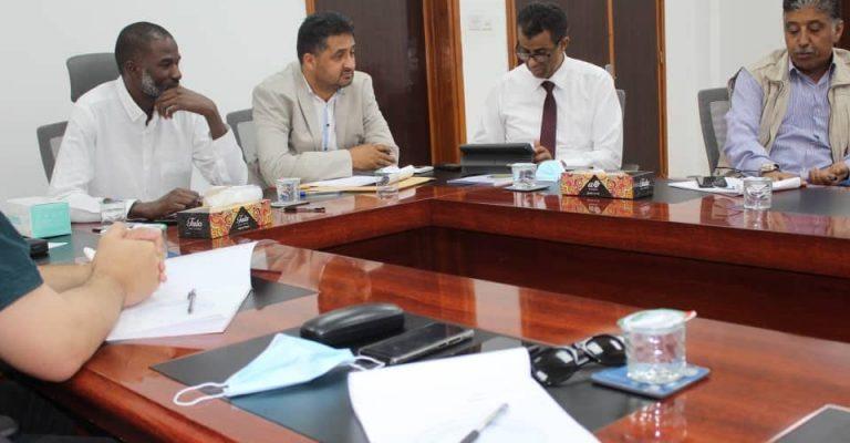 اجتماع مدير مركز المعلومات والتوثيق بوزارة التعليم العالي بالسادة مديري مراكز المعلومات والتوثيق بالجامعات.