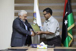 مراسم تسليم واستلام مهام الكاتب العام لجامعة عمر المختار